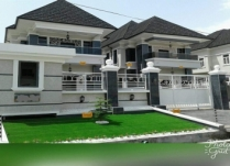 NEWLY BUILT 5BEDROOM  FAMILY HOME AT CHEVY VIEW ESTATE OFF CHEVRON DRIVE LEKKI LAGOS.