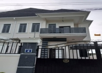 NEWLY BUILT LUXURY 4BEDROOM SEMIDETACHED DUPLEX AT CHEVRON LEKKI LAGOS!!