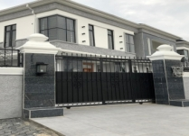 SUPER LUXURY 5BEDROOM DUPLEX WITH A COMPUND THAT CA TAKE UP TO 7 CARS AND SPACE FOR SWIMMING POOL AT LEKKI PHASE1 LAGOS PRICE: N220M ASKING.