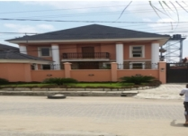 5 BEDROOM DUPLEX AT LEKKI LAGOS FOR LEASE