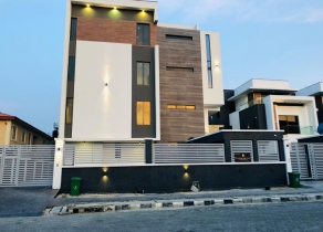 NEWLY BUILT WATERFRONT 4BEDROOM QUADRUPLEX ROOFTOP TERRACE WITH BQ IN GATED ENCLAVE IN BANANA ISLAND AT BANANA ISLAND LAGOS!!!