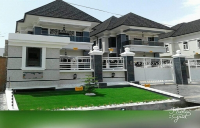 Newly built 5bedroom family home Chevy view estate  off chevron drive lekki.jpg