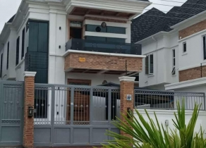 NEWLY BUILT SPACIOUS 5BEDROOM FULLY DETACHED DUPLEX WITH A BQ AT IKOTA LEKKI LAGOS!!!
